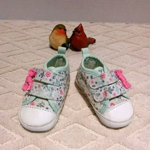 Cute floral baby velcro shoes